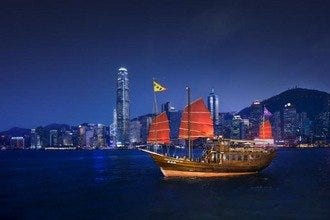 Aqua Luna: Tour Hong Kong Harbor by Boat