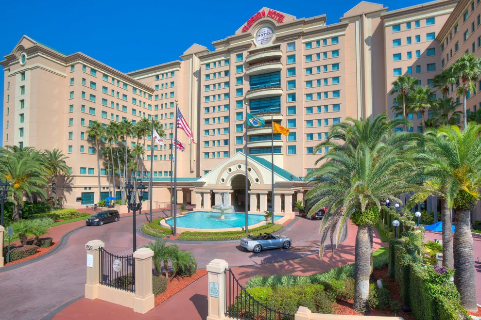 The florida hotel conference center bw premier for Pool show orlando florida