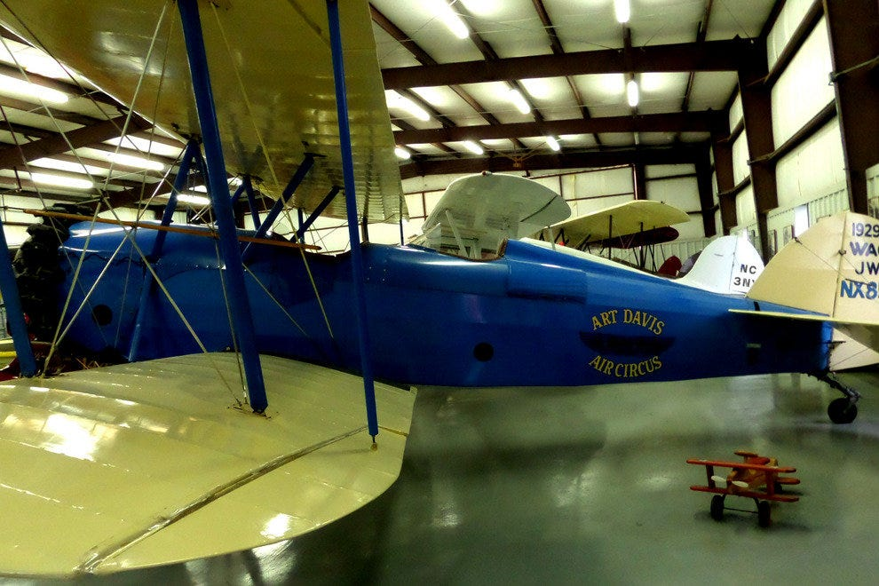 Historic Aircraft Resoration Museum