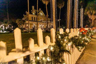 Beaches, Shopping, Theater and History, December is Delightful in Fort Myers