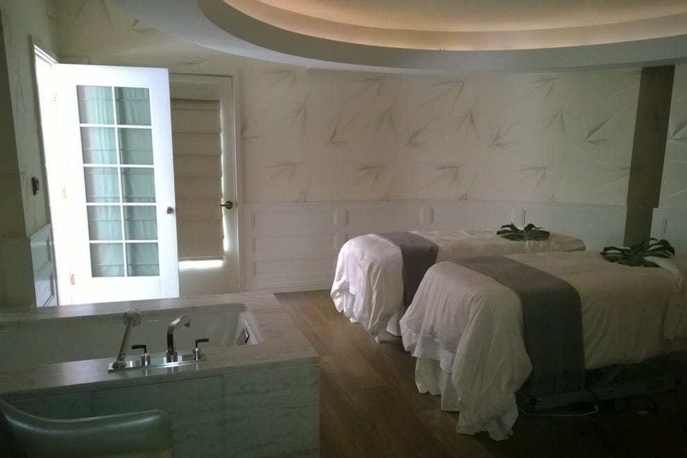 Los angeles spas 10best attractions reviews for Salon bel air foot