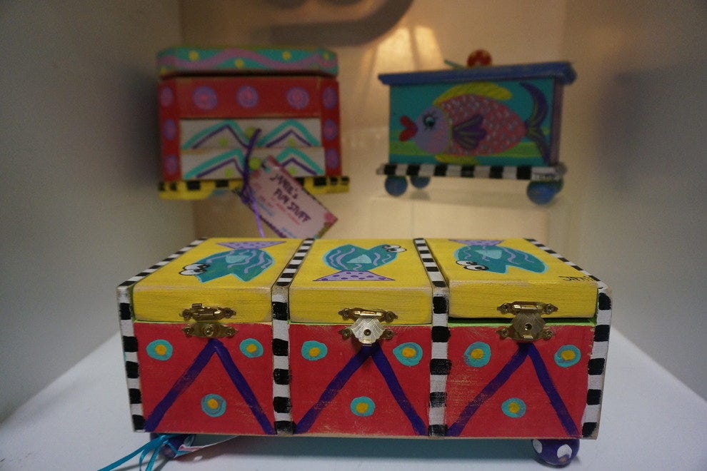 Locally made keepsake boxes make great gifts for the holidays