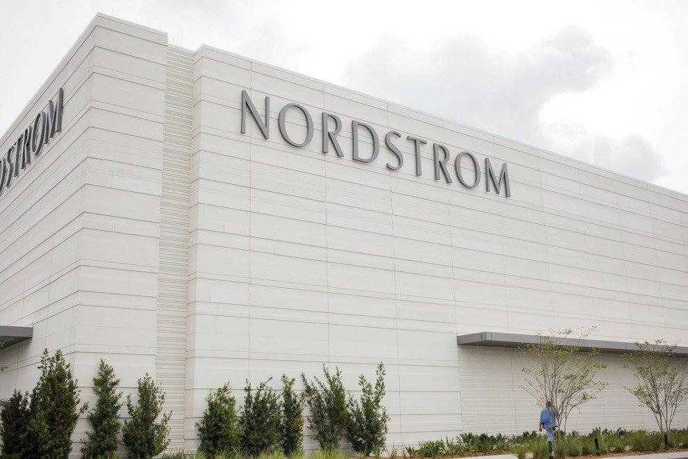 Nordstrom Jacksonville提升了第一个海岸时尚
