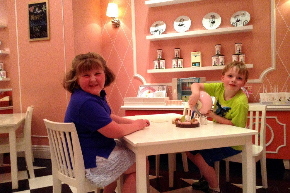 Having Tea with Eloise at The Plaza