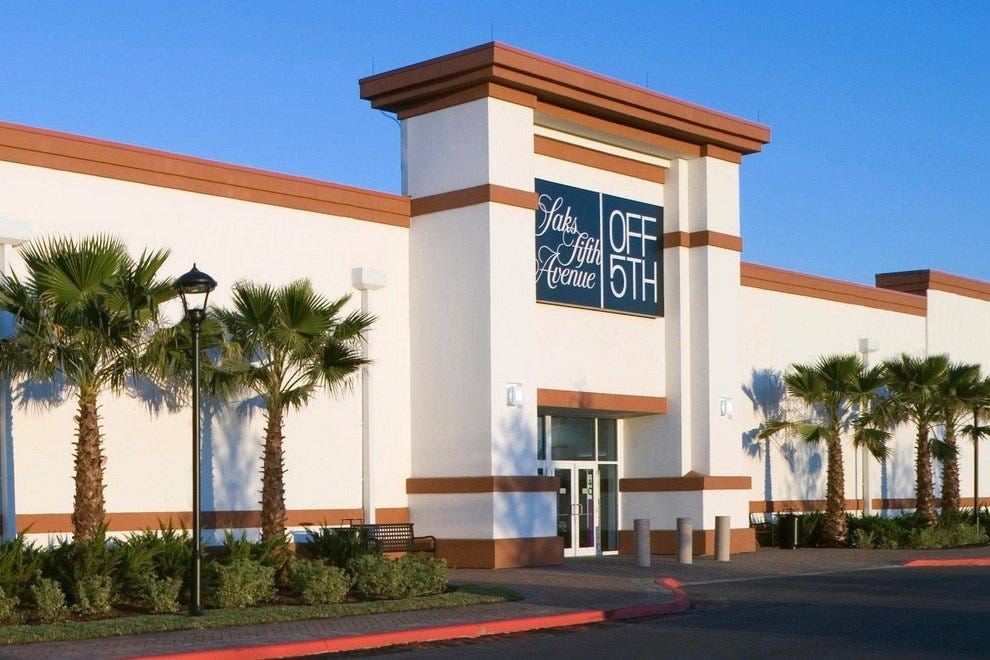 Jacksonville Outlets. Our Jacksonville outlet mall guide shows all the outlet malls in and around Jacksonville, helping you locate the most convenient outlet shopping .