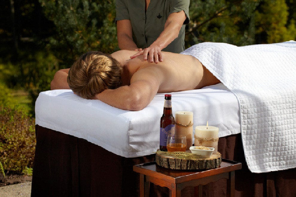 Nestled into the Pennsylvania mountains, The Lodge at Woodloch pampers guests with beer spa treatments.