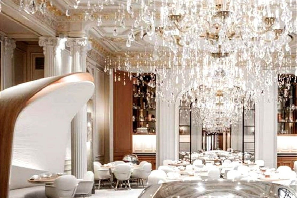 New paris restaurants alain ducasse faust molitor for Most beautiful dining rooms in paris