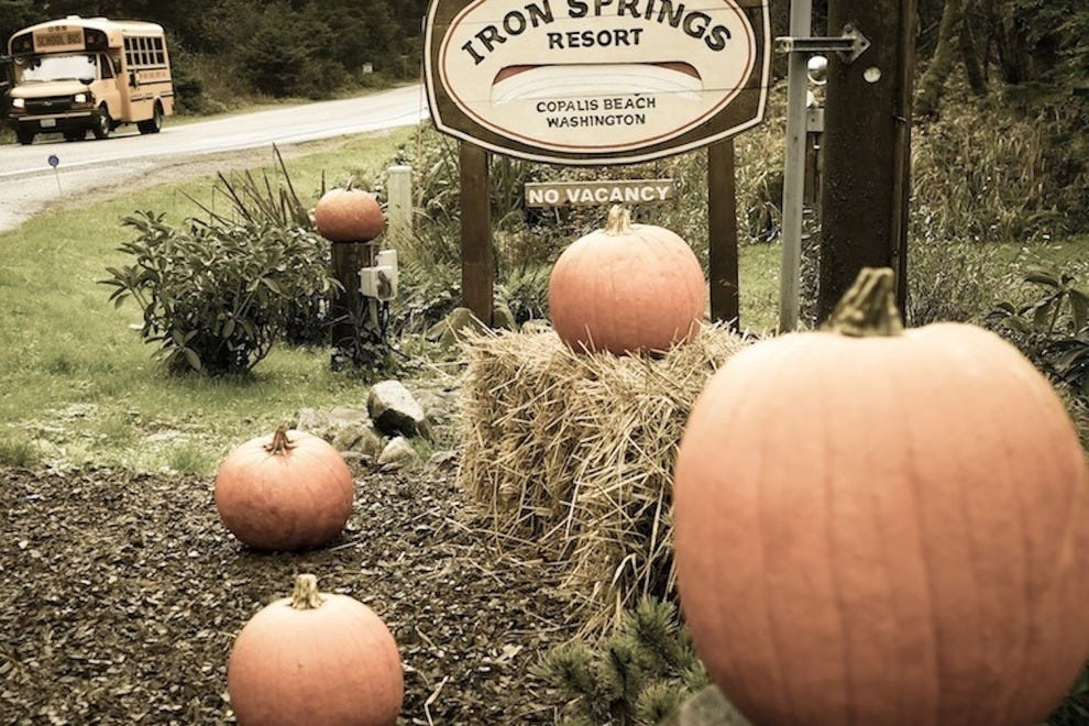Iron Springs Resort welcomes visitors with whimsical and inviting seasonal touches
