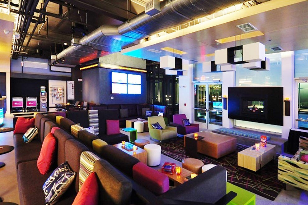 denver budget hotels in denver co cheap hotel reviews. Black Bedroom Furniture Sets. Home Design Ideas