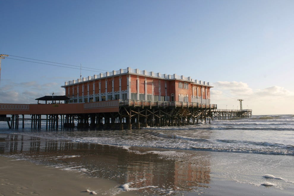 10best great pier beaches in florida beaches article by for Daytona beach fishing pier