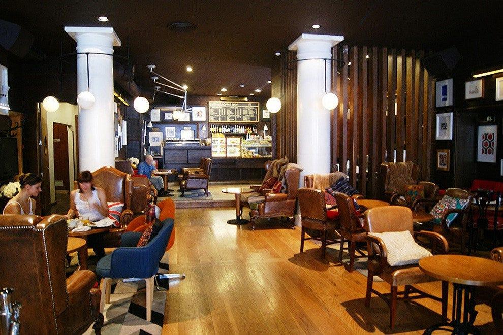 Brown's Café