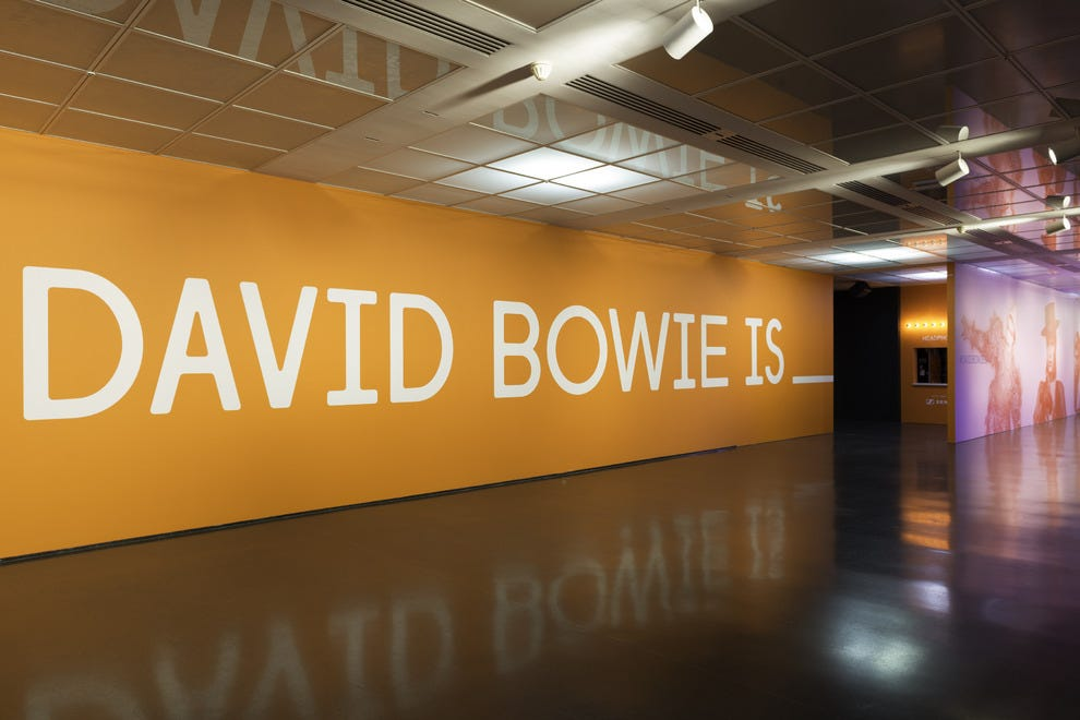 "The Museum of Contemporary Art's ""David Bowie Is"" exhibit was a hot ticket in Chicago, and helped people rediscover the museum"