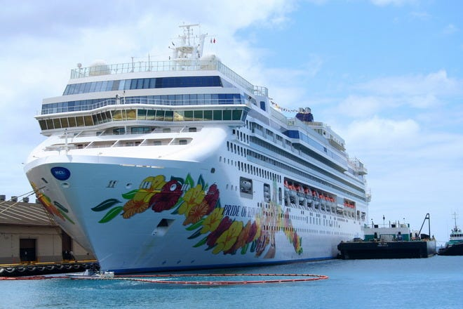 Restaurants near Cruise Port