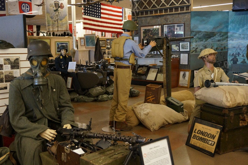Southwest florida military museum fort myers attractions for Craft fair fort myers