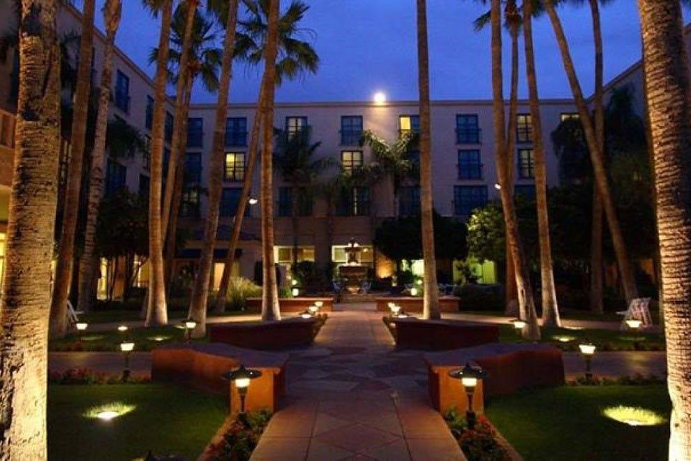 Tempe Mission Palms-目的地酒店和度假村