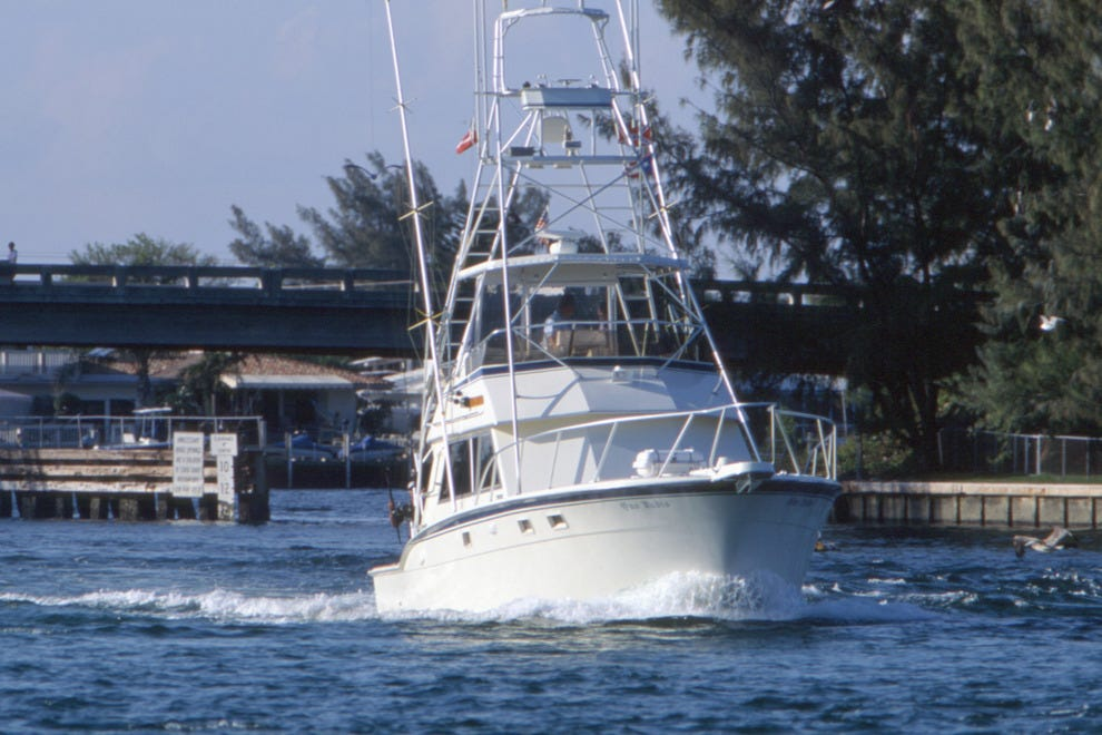 Fishing headquarters fort lauderdale attractions review for Ft lauderdale fishing charters
