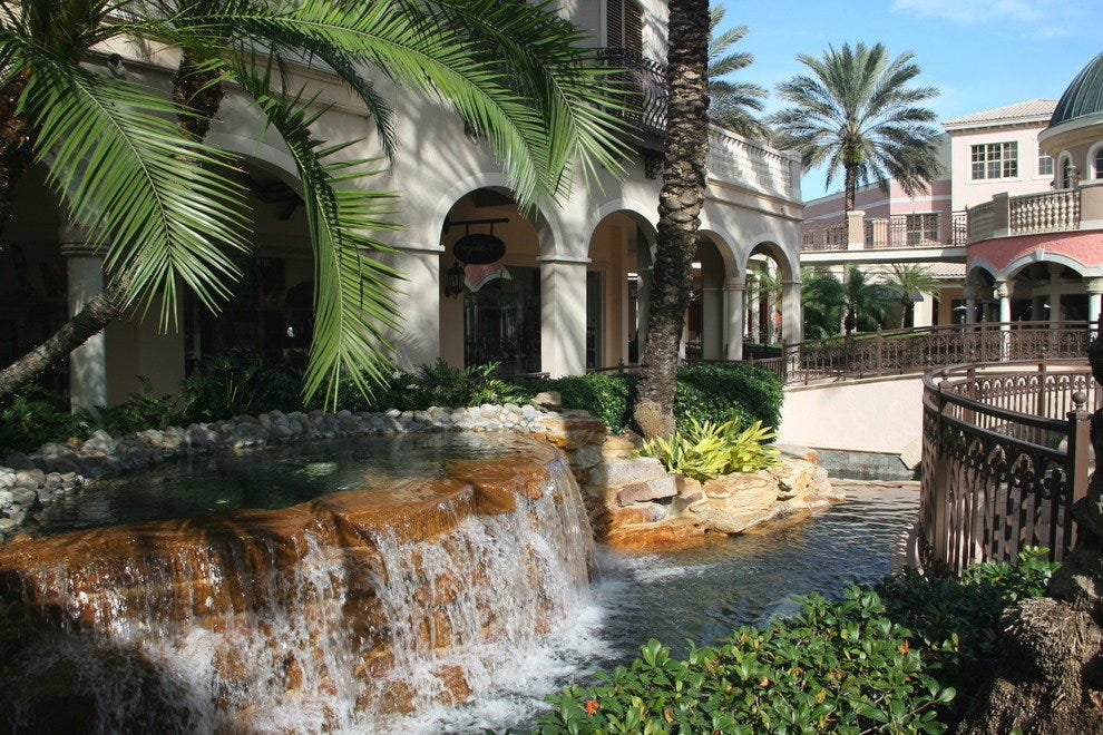 Best Buy South Bay >> Naples Malls and Shopping Centers: 10Best Mall Reviews
