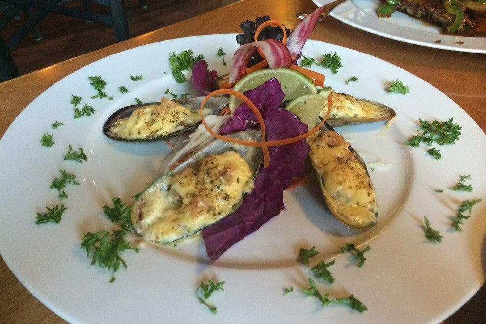 komoon thai sushi amp ceviche fort myers restaurants review