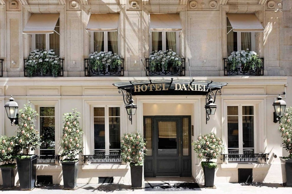 Paris 39 s best hotels and lodging the best paris hotel for Ideal hotel paris