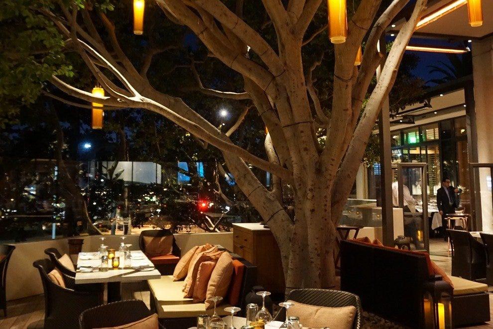 Oak Grill Photo Courtesy Of Island Hotel Newport Beach