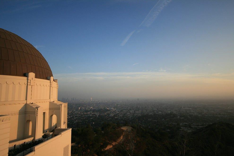 美丽的L.A.格里菲斯天文台的天气