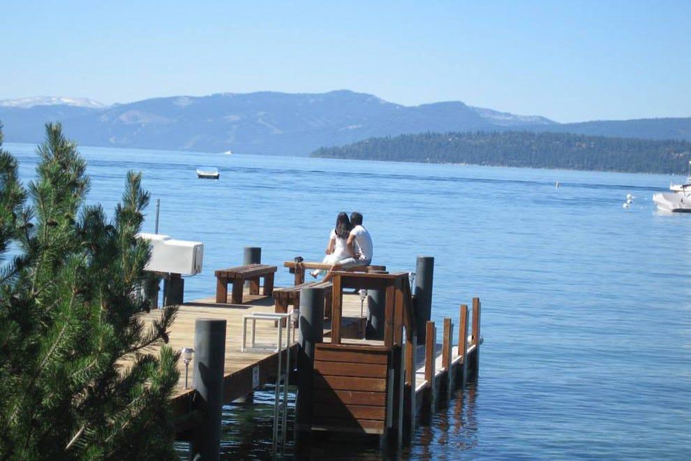 塔霍湖的海滨别墅