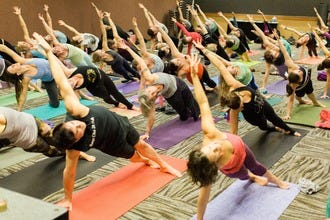 Yogis and Dancers Beat Gray-Day Blues in Seattle