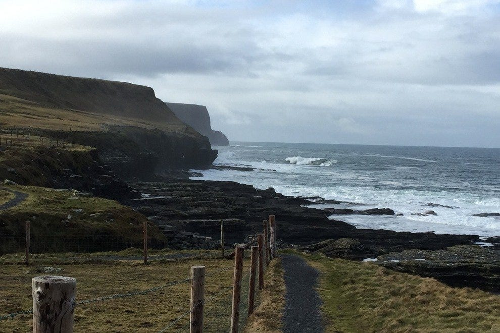 The Walk to the Cliffs of Moher