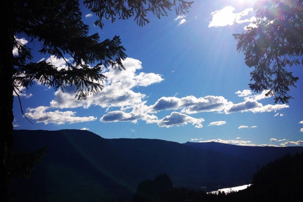 Hikers will find themselves in paradise around the Columbia River Gorge