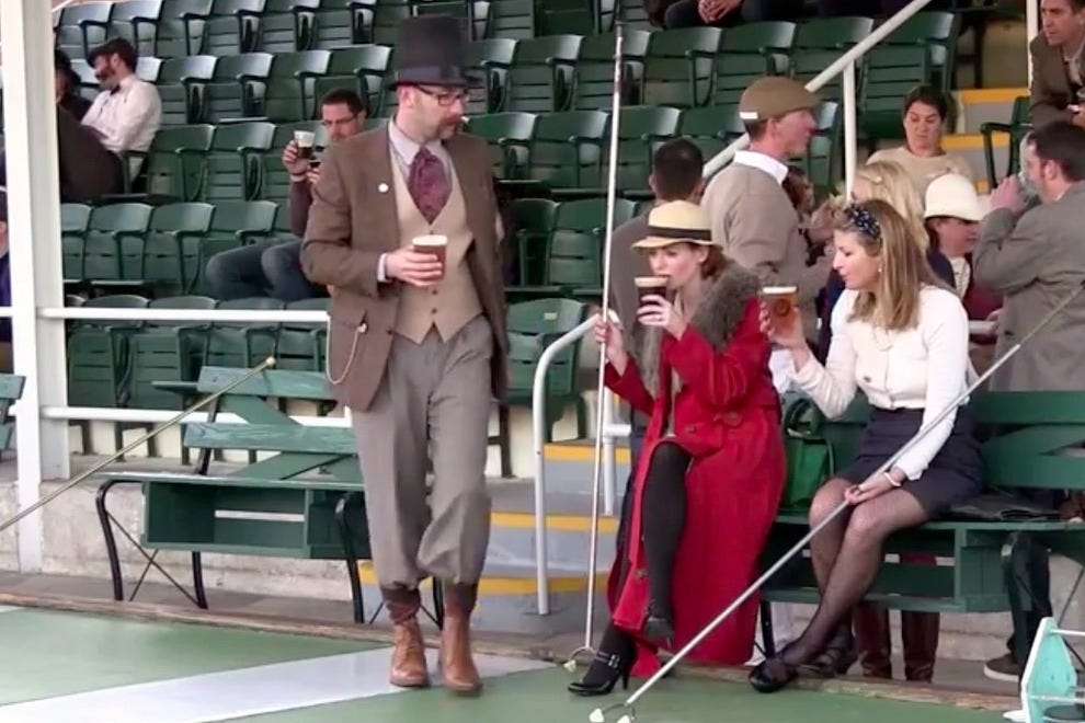 The St. Petersburg Shuffleboard Club hosted a 1940s-themed throwback night to celebrate the city's heritage