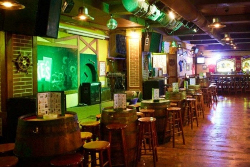 Mike's Irish Bar