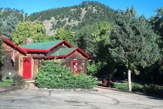 Foot of the Mountain Motel: Boulder's Quaint and Cozy Getaway