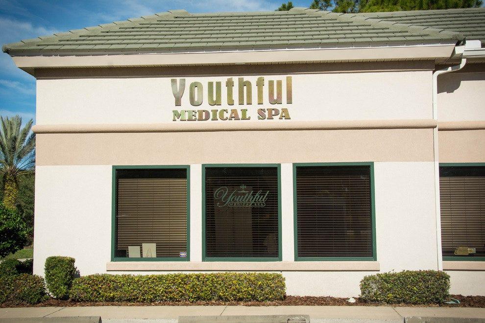 年轻的医学水疗