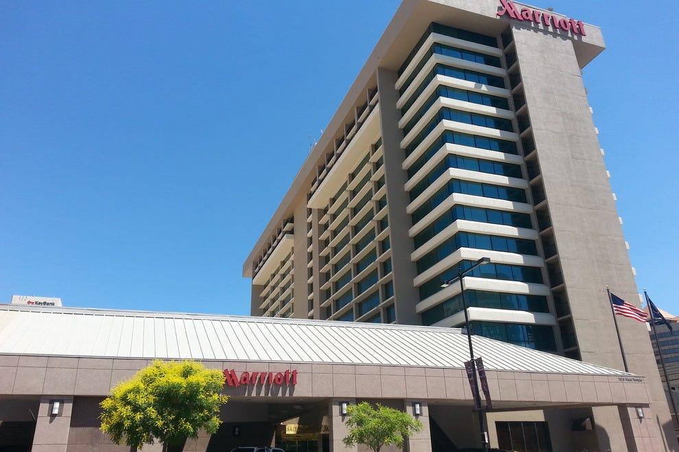 Salt Lake City Hotels Near Energy Solutions Arena