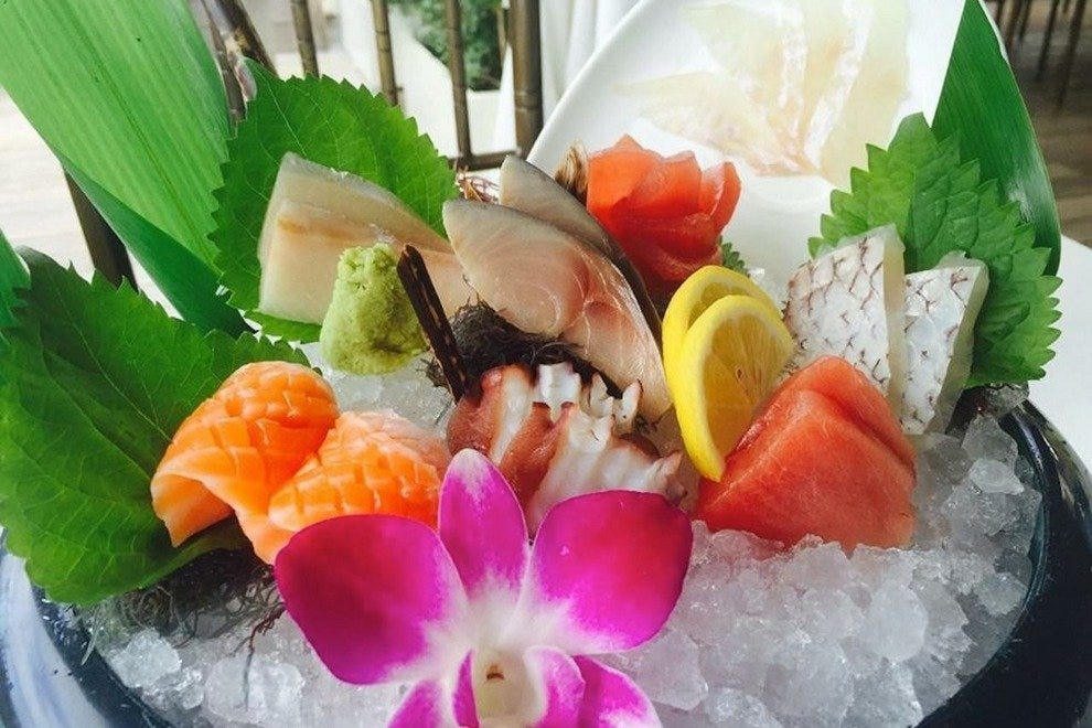 Honolulu seafood restaurants 10best restaurant reviews for Uncle s fish market and grill