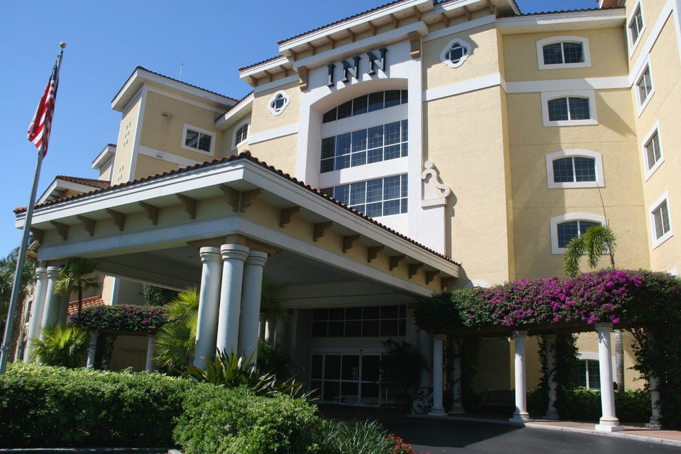 Inn at pelican bay naples hotels review 10best experts for Small historic hotels