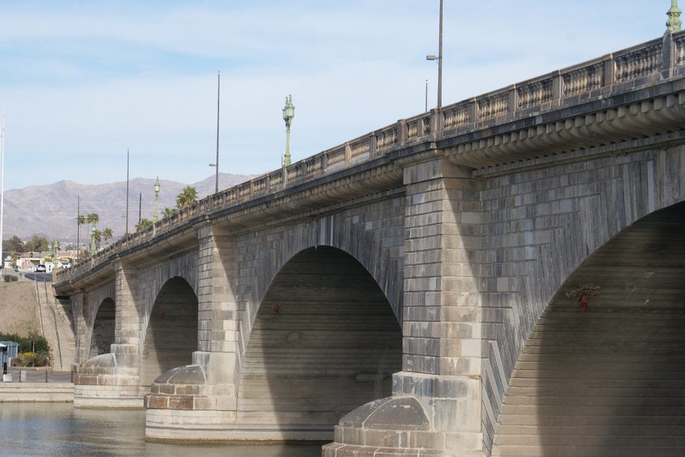 The London Bridge was relocated to Arizona from England