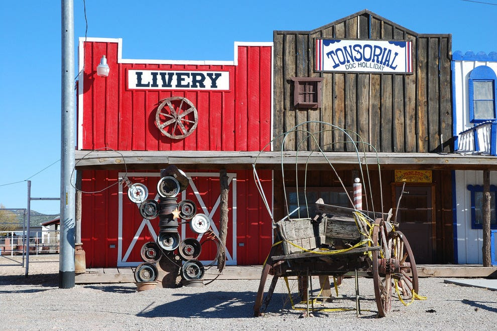 Travel back in time in Seligman