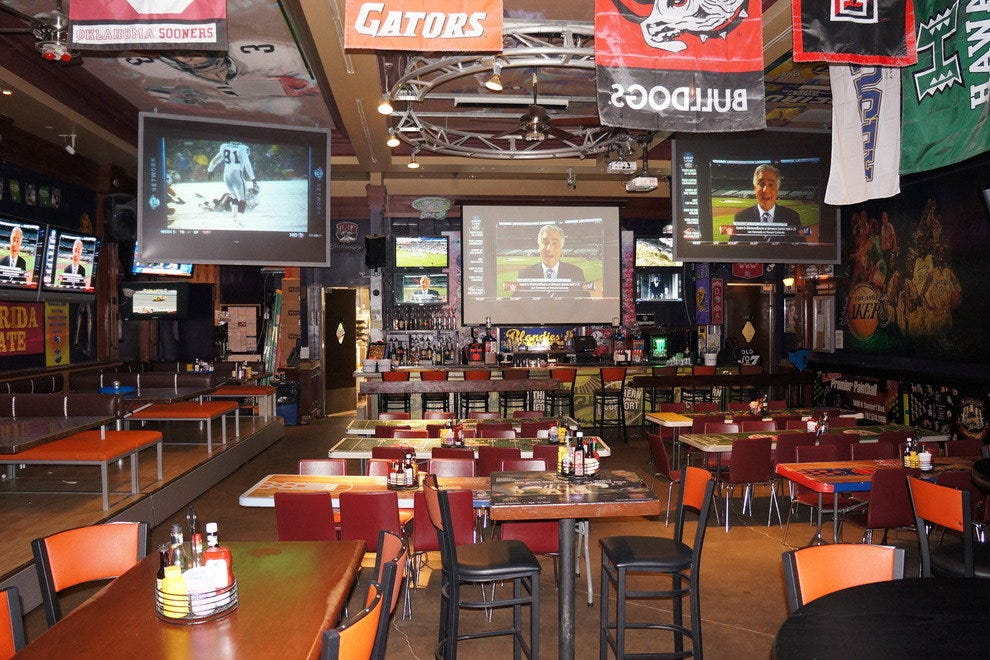 sports bar and grill business plan