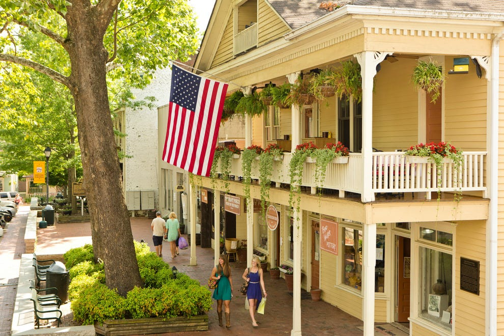 Best Southern Small Town Winners 2015 10best Readers 39 Choice Travel Awards