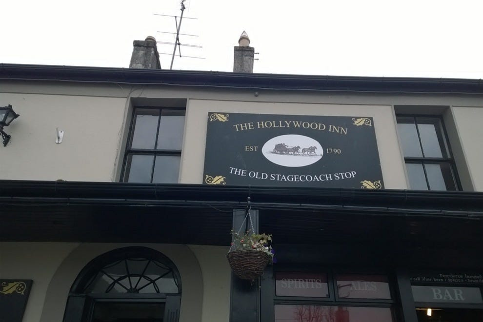 The original Hollywood Inn from 1790!