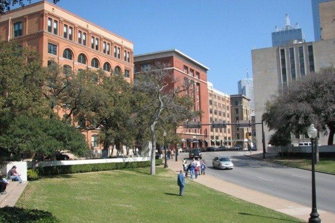 Best Attractions & Activities in Dallas