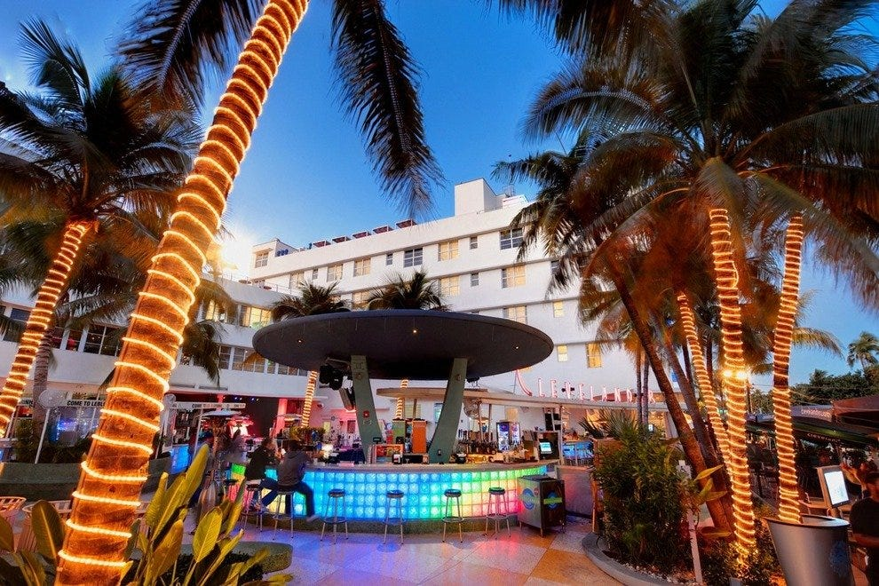 Clevelander Bar Miami Nightlife Review 10best Experts