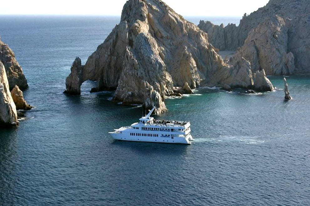 Caborey is the premier dinner cruise ship based in Cabo San Lucas