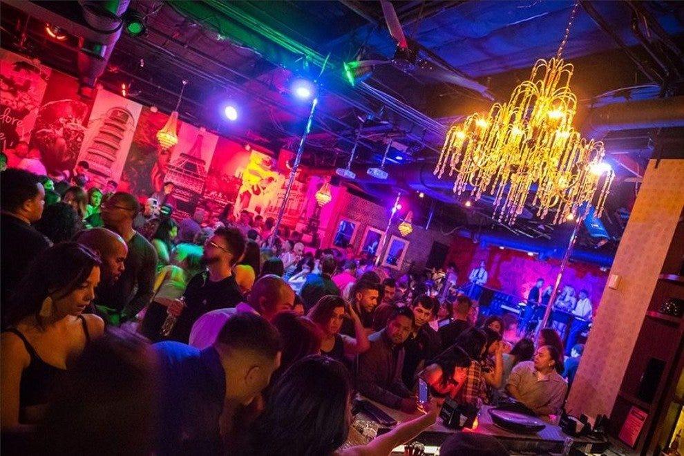 Paris Of Scottsdale Scottsdale Nightlife Review 10best Experts