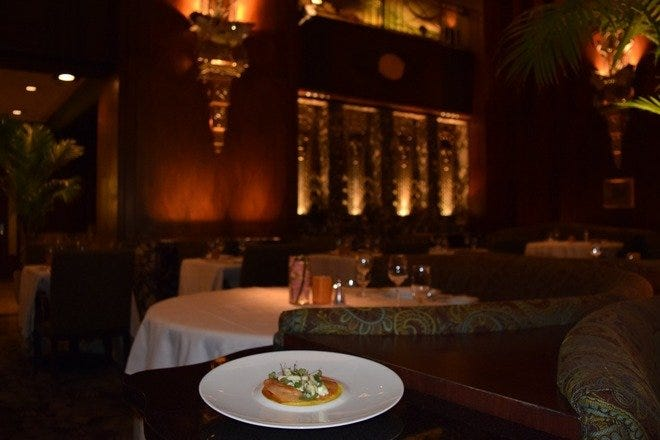Orchids at Palm Court: Cincinnati Restaurants Review
