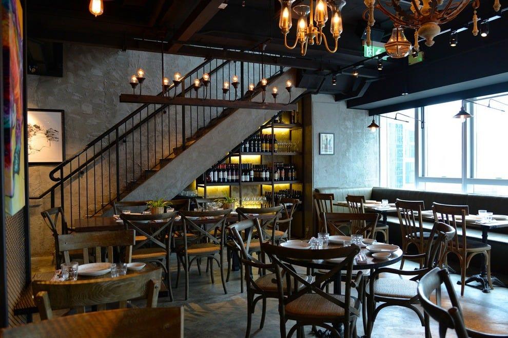 Hong kong italian food restaurants 10best restaurant reviews for Dining room hong kong