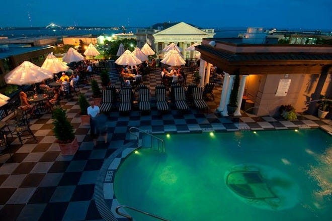 Go Ahead And Indulge Stay In Charleston S Best Luxury Hotels