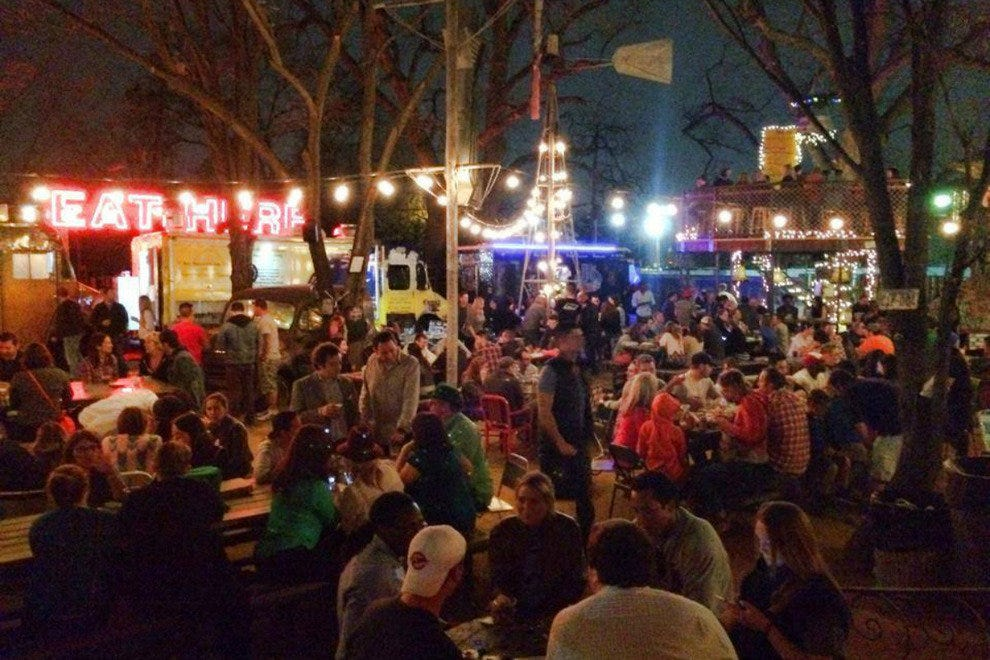 Truck Yard Dallas Nightlife Review 10best Experts And