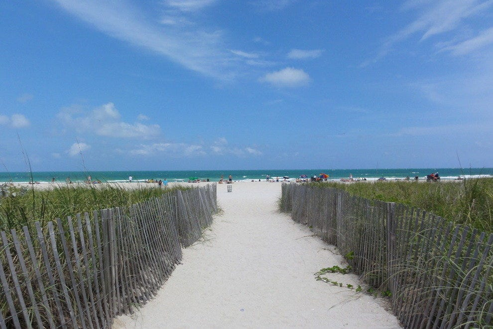 Miami beaches 10best beach reviews for Best fishing spots in miami